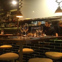 Reforma restaurante Vandal barra 03
