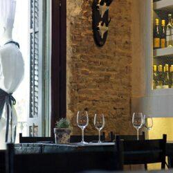 Decoración restaurante moderno detalle de mobiliario