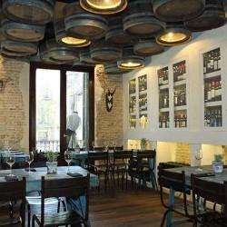 Decoración Restaurante Moderno el salón principal se encuentra en la planta alta